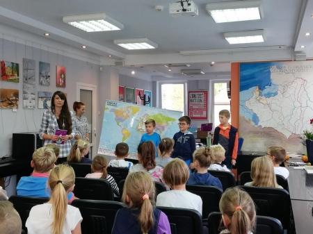 Spotkaniu z autorką książek dla dzieci Panią Marleną Popławską Marek