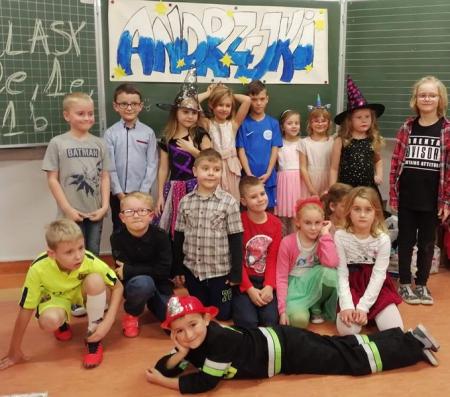Andrzejki klas 1B, 1E, 2E