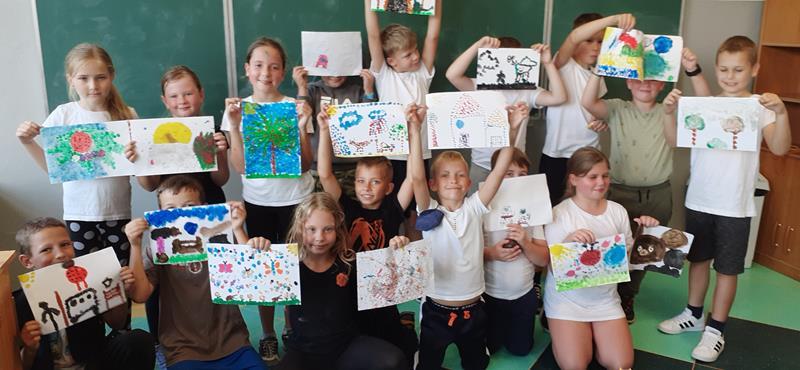 Międzynarodowy Dzień Kropki w klasie 3 a